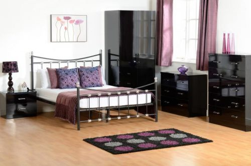 200-203-017 Dunbar 4'6 Bed Black-Chrome - IWFurniture